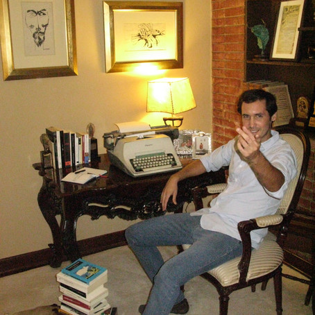 """""""NUESTRO LADO ARTÍSTICO, SIEMPRE TERMINA POR SOBRESALIR"""", una entrevista a Juan José Roca"""