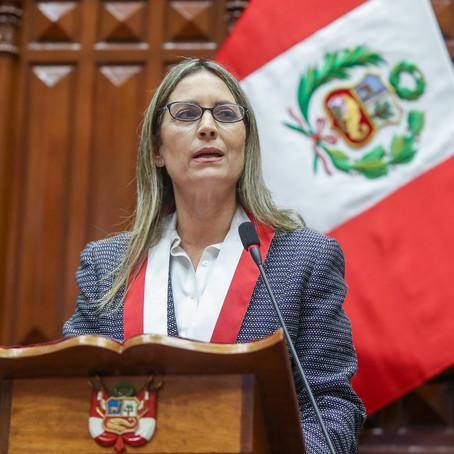 """María del Carmen Alva : """"Trabajaremos con la Constitución en la mano"""""""