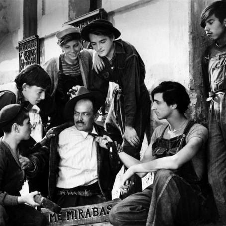 Los olvidados: El realismo irracional.  ¿Es la cinta de Buñuel una película realista o surrealista?