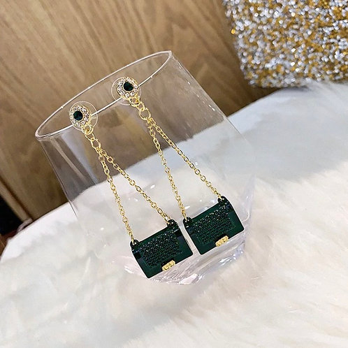 The green bag earring