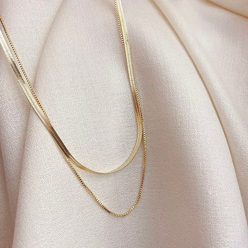The Queen Multi-Layers Gold necklace