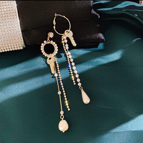 Golden Keys Earring