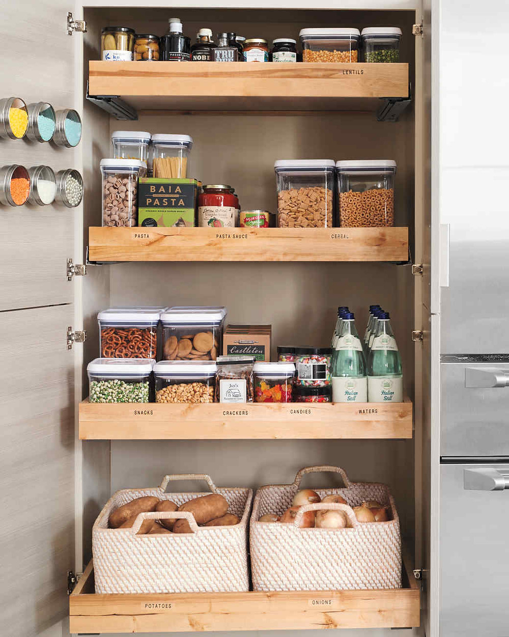 Keep your kitchen clean and organized