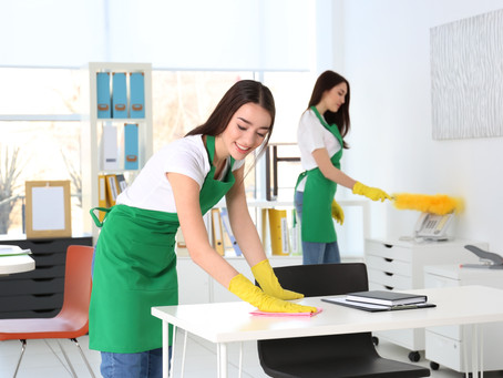 Small cleaning business Vs Big cleaning company