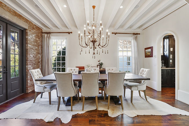 modern farmhouse dining room