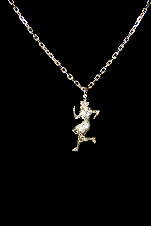 Queen Sister Necklace