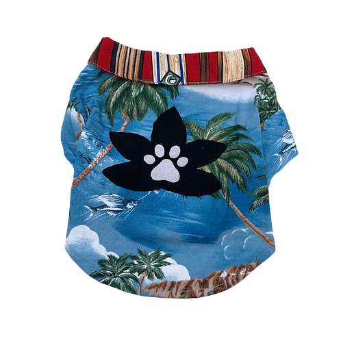 Surfer Lily Shirt Black Flower