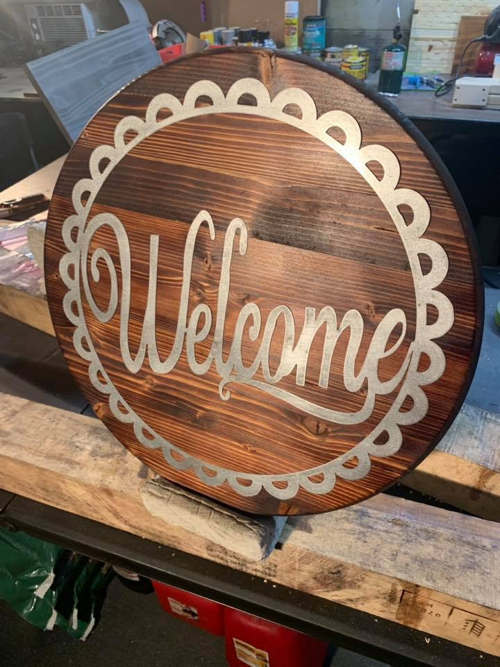 Round Metal Wood welcome sign.jpg