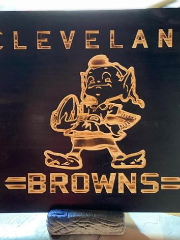 Browns elf sign 1.jpg