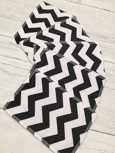 Reusable cotton wet wipes-washable eco wipes-cloth baby wipes-Zig zag print