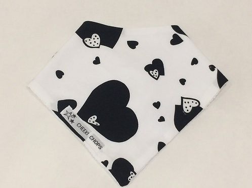 Dribble bib 'BLACK HEARTS' backed with thick towelling