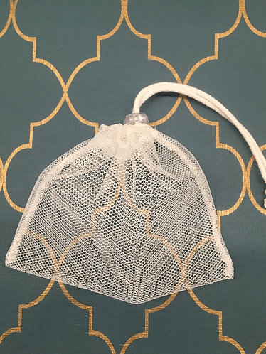 Netted wash bag for reusable face pads and breast pads