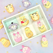 Tsum%20Tsum%20Pooh%20collection_edited.j