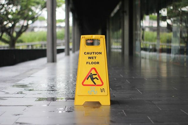 Wet-Floor-sign-compressor.jpg