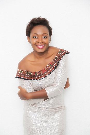 Mode Designerin Flora Zangue