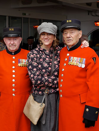 Janet Hodgson with war veterans