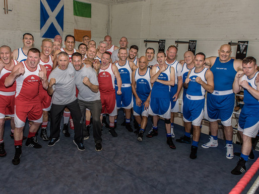 Taxi Charity hosts London black cab drivers boxing night: Boxing For The Pride Of London