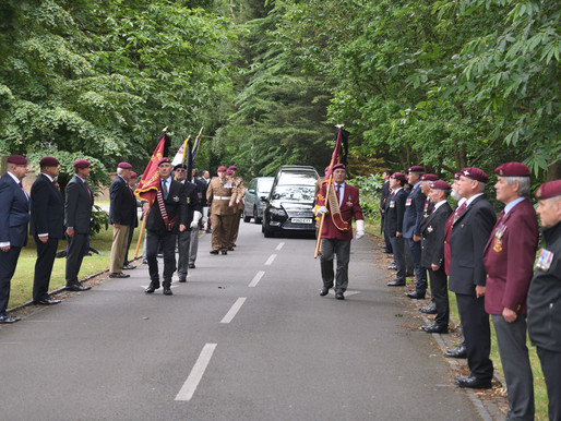 Taxi Charity says goodbye to WWII veteran Frank Pendergast with a guard of honour at his funeral