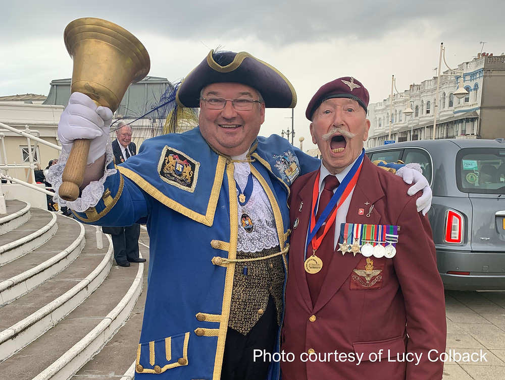 London cabbies to drive nearly 200 WWII veterans to Worthing for annual day trip