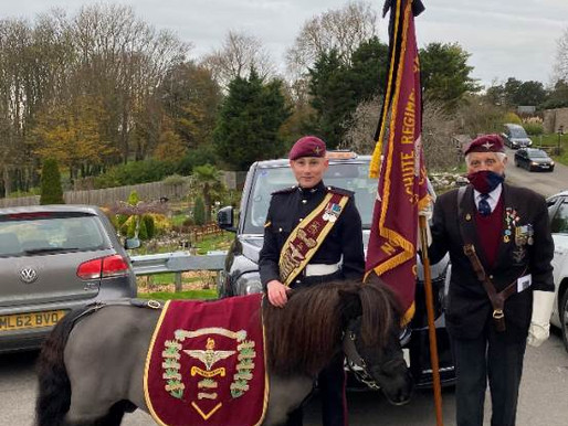 Taxi Charity bids WWII veteran Fred Glover a final farewell