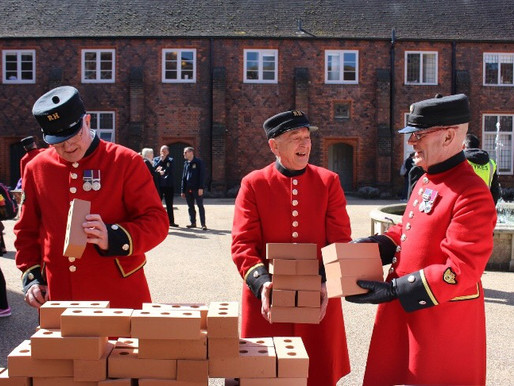 Taxi Charity sponsors a brick at Fulham Palace