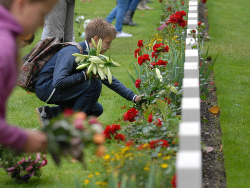 Taxi Charity attends Market Garden Remembrance Service, Arnhem