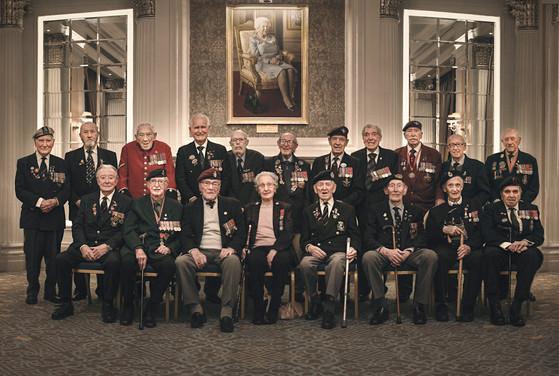 Veterans enjoy lunch at RAF Club