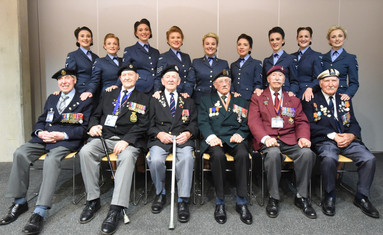 Veterans support D-Day Darlings