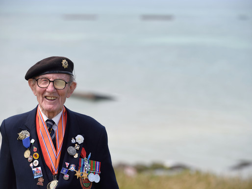 WWII veteran Harry Bailey, master of the collection bucket, dies aged 99
