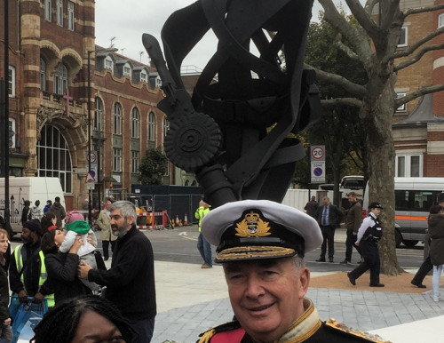 Taxi Charity and veterans attend unveiling of a memorial to Albert McKenzie VC