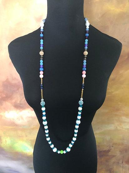 Omashu - long beaded necklace
