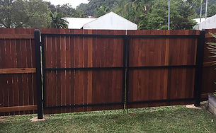 Timber Gate | AAA Landscaping & Property Maintenance Cairns - Earlville - Gordonvale - Edge Hill - Trinity Beach - Palm Cove - Smithfield - Redlynch | Fencing & Gates