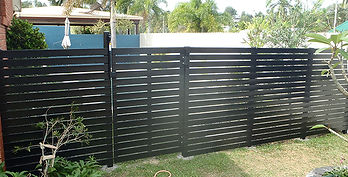 Slat Fencing with Gate | AAA Landscaping & Property Maintenance Cairns - Earlville - Gordonvale - Edge Hill - Trinity Beach - Palm Cove - Smithfield - Redlynch | Fencing & Gates