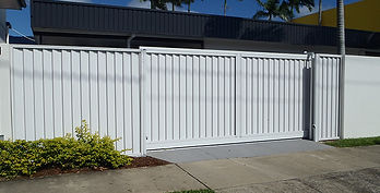Automatic Side Gate | AAA Landscaping & Property Maintenance Cairns - Earlville - Gordonvale - Edge Hill - Trinity Beach - Palm Cove - Smithfield - Redlynch | Fencing & Gates