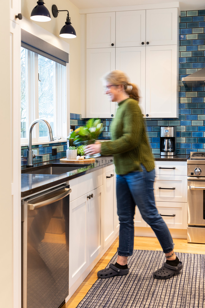 A bright functional kitchen was this family's main priority.