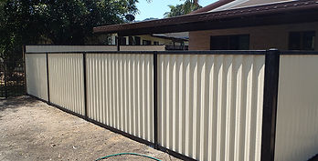 Colorbond Fence | AAA Landscaping & Property Maintenance Cairns - Earlville - Gordonvale - Edge Hill - Trinity Beach - Palm Cove - Smithfield - Redlynch | Fencing & Gates