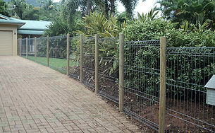 Weldmesh House Fencing | AAA Landscaping & Property Maintenance Cairns - Earlville - Gordonvale - Edge Hill - Trinity Beach - Palm Cove - Smithfield - Redlynch | Fencing & Gates