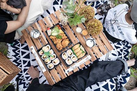 巻き寿司、いなり、唐揚げ