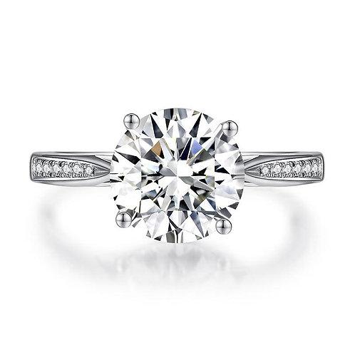 2.5 Carat Luxury Engagement Ring