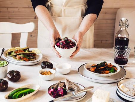 Von Rote Beete Salat, Buchweizen Wraps mit Gemüsefüllung und einer langen Freundschaft