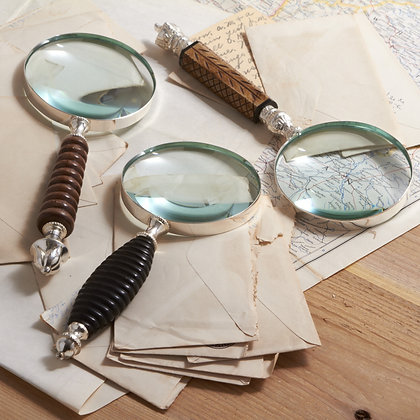 Dakarai Carved magnifier, Wood