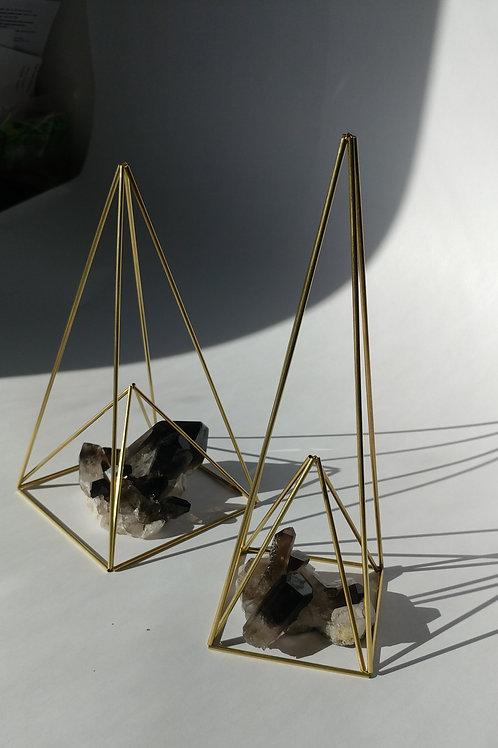 Inverted Pyramid (narrow base)