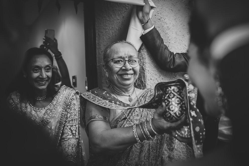 Essex wedding photographer Asian Weddings
