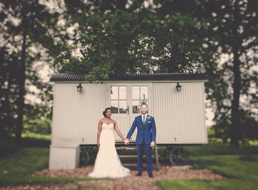 Essex Wedding Photographer : The Cart Shed Wedding
