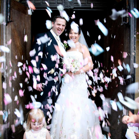A wedding photographers guide to confetti, bubbles and sparklers.