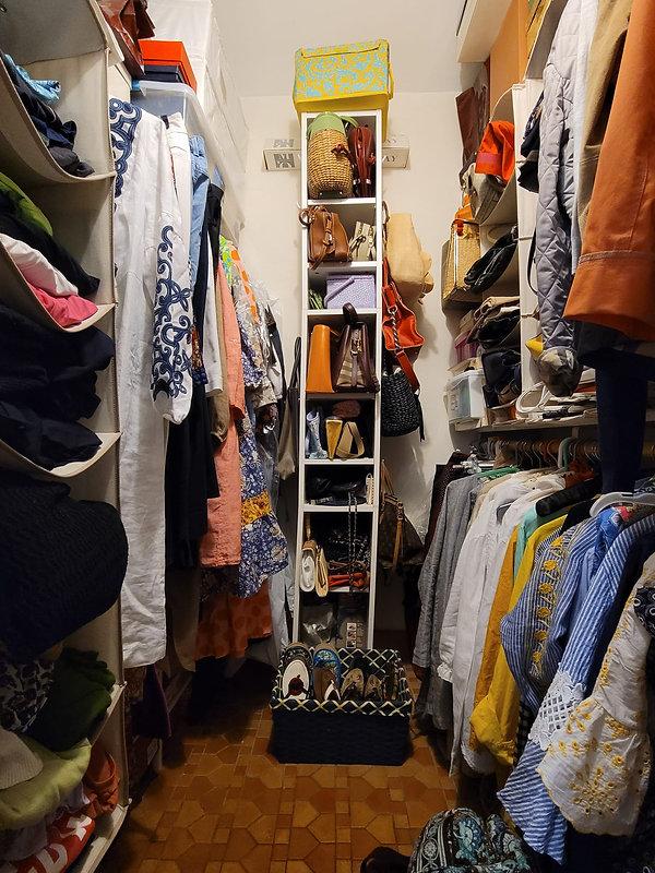 Walk in closet.jpeg