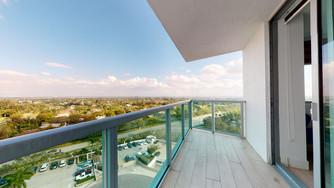 2681-N-Flamingo-Rd-Balcony-1-1.jpg