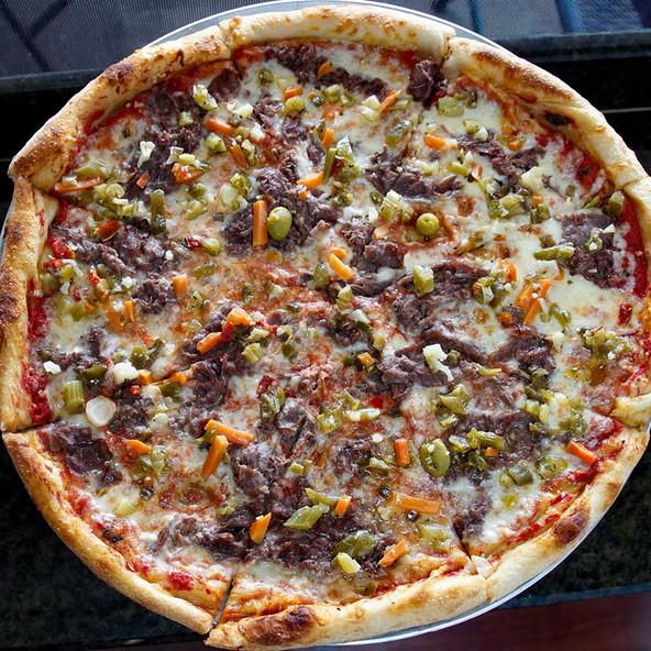 Italian Beef Pizza.jpg