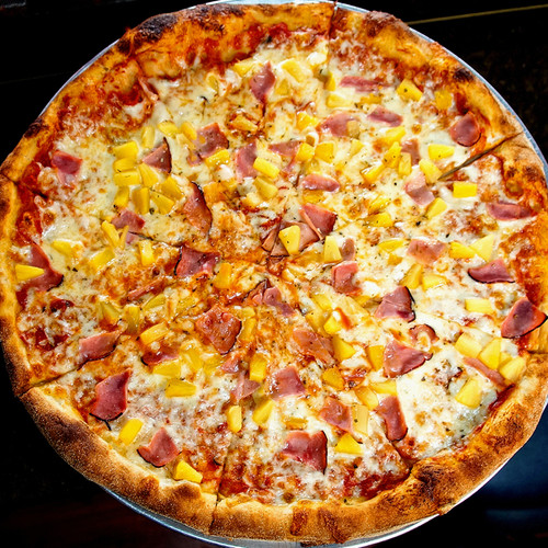 Hawaiian Pizza.jpg