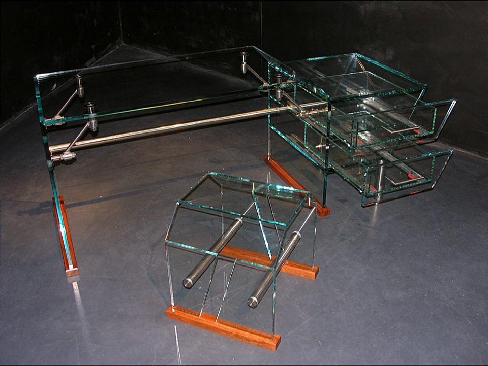 glasdesign evolutio ug glaserei erding glasdesign glaserei m nchen schreibtisch aus glas. Black Bedroom Furniture Sets. Home Design Ideas